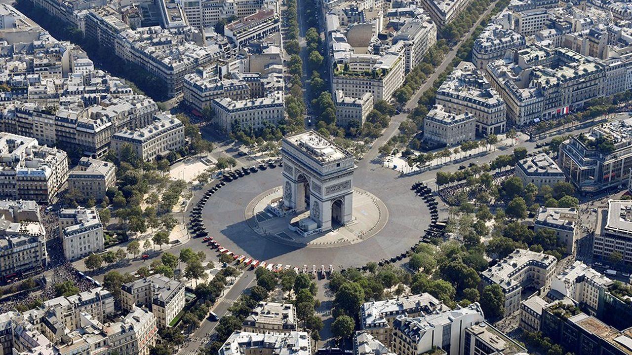 2249382_immobilier-paris-le-8e-le-luxe-cote-rive-droite-web-tete-060568083837.jpg