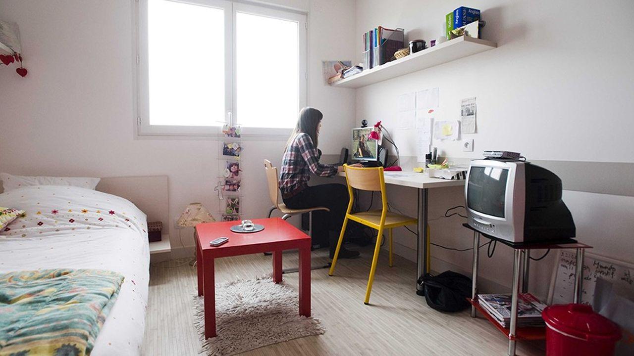 2254611_residences-services-le-marche-secondaire-en-plein-essor-web-tete-060930370324.jpg