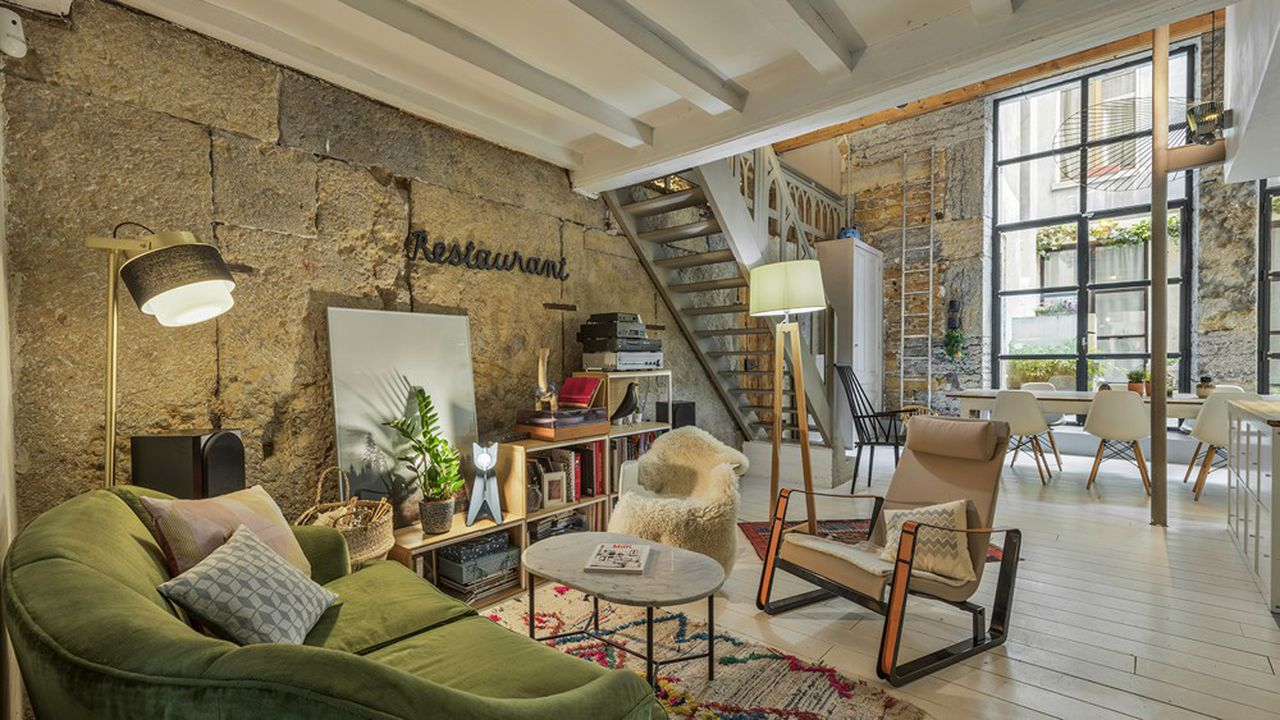 2266727_lappartement-de-la-semaine-un-loft-dans-un-ancien-restaurant-du-vieux-lyon-web-tete-0601238057586.jpg