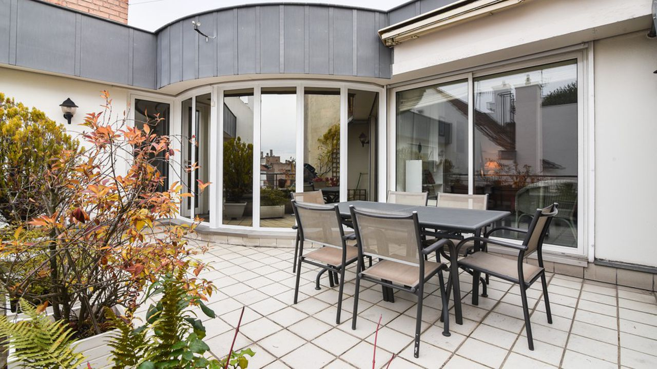 2271639_lappartement-de-la-semaine-un-duplex-avec-terrasse-au-coeur-de-strasbourg-web-tete-0601360779404.jpg
