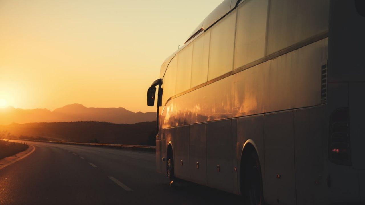 MACIF_MOB_LESECHOS_Des bus itinérants rapprochent le service public des habitants.jpg