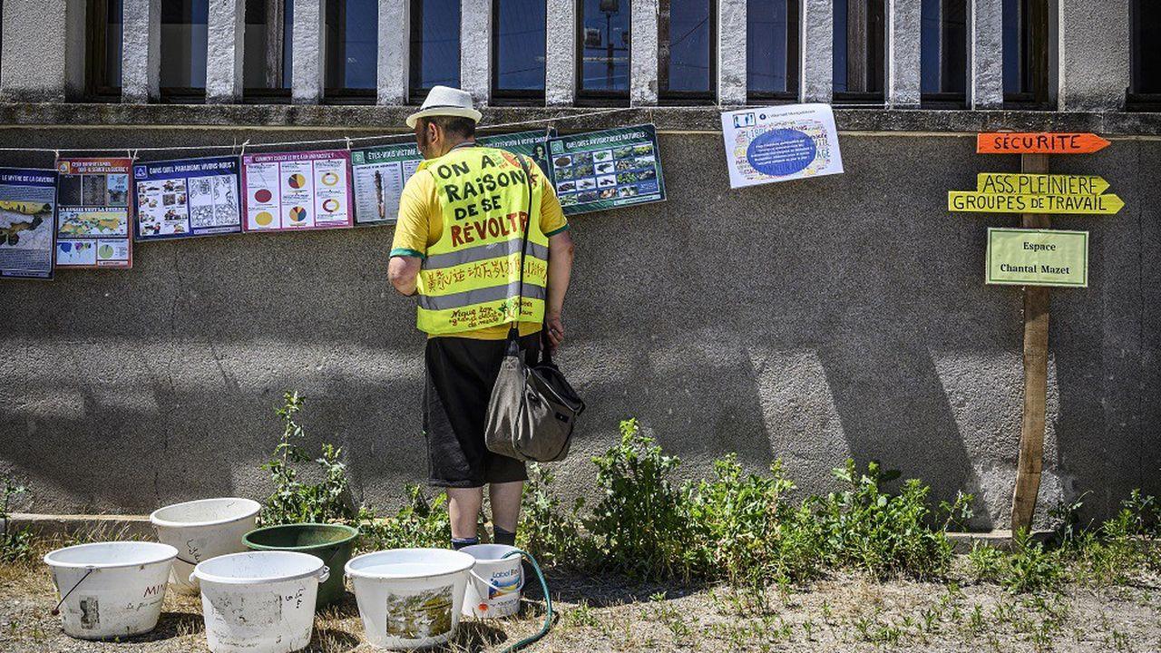 Quelque 600 «gilets jaunes» de toute la France se retrouvent pour le week-end à Montceau-les-Mines pour leur troisième «Assemblée des assemblées».