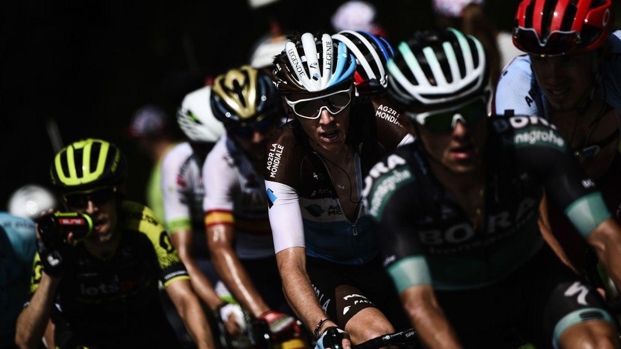Alors que E.Leclerc remplace Carrefour pour le maillot du meilleur grimpeur, ASO, l'organisateur du Tour, a conclu des partenariats avec Amora, Logis, Namedsport (compléments alimentaires), et Norauto. Par ailleurs, Sodexo, présent sur la Grande Boucle depuis 1991, rempile jusqu'en 2023.