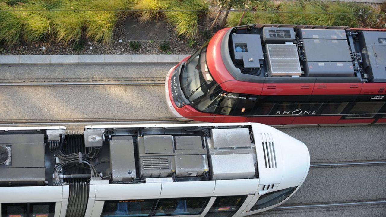 Rames de tramways Rhônexpress et tram T3.