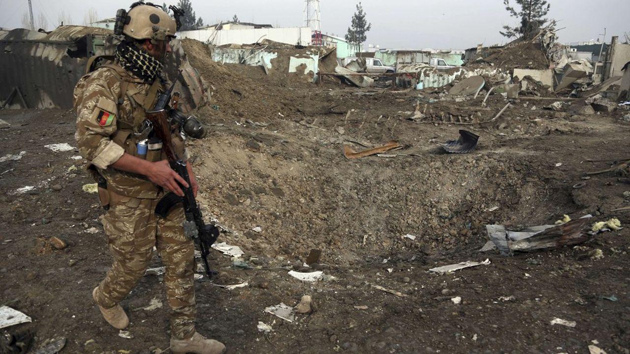Donald Trump a été averti par des hauts gradés américains qu'il valait mieux combattre les groupes terroristes en Afghanistan plutôt que sur le sol américain.