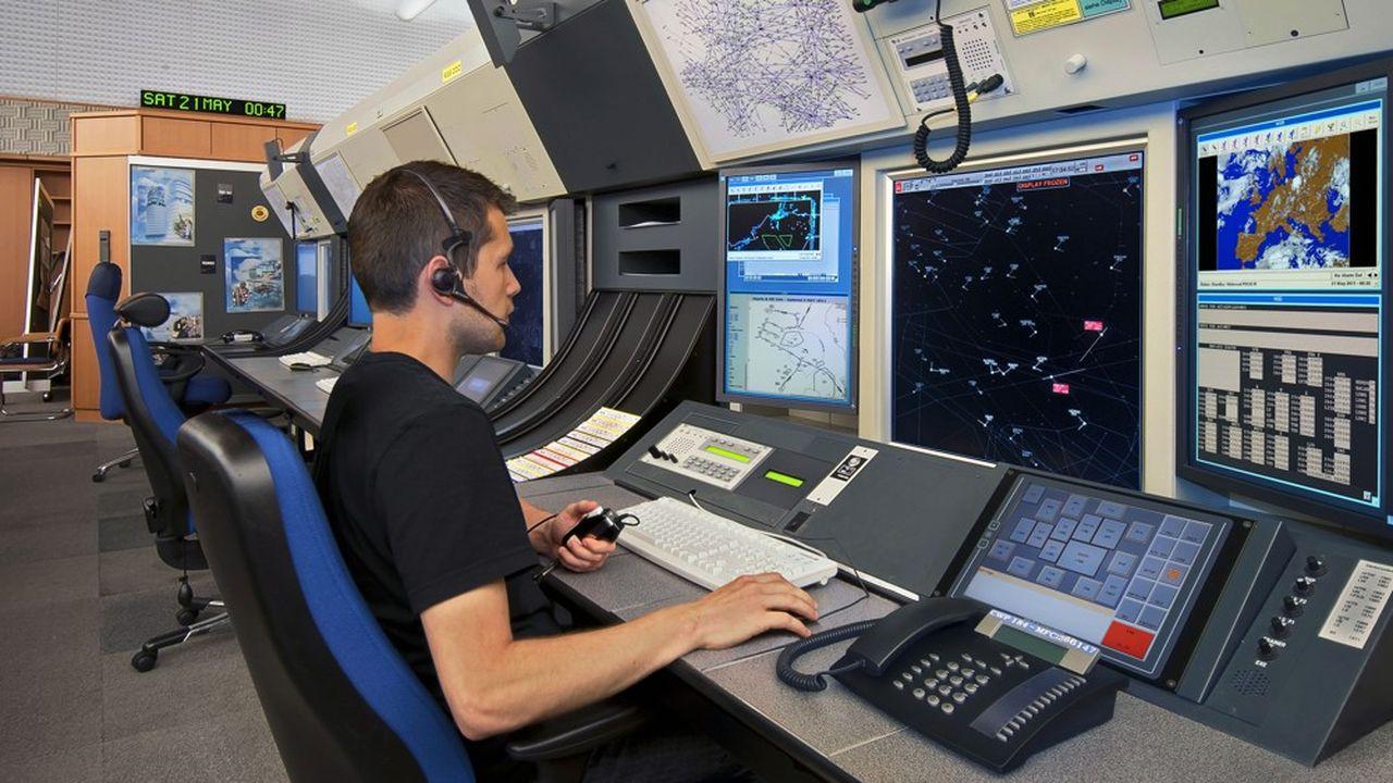 La modernisation des différents systèmes européens de contrôle du trafic aérien accumule les retards.