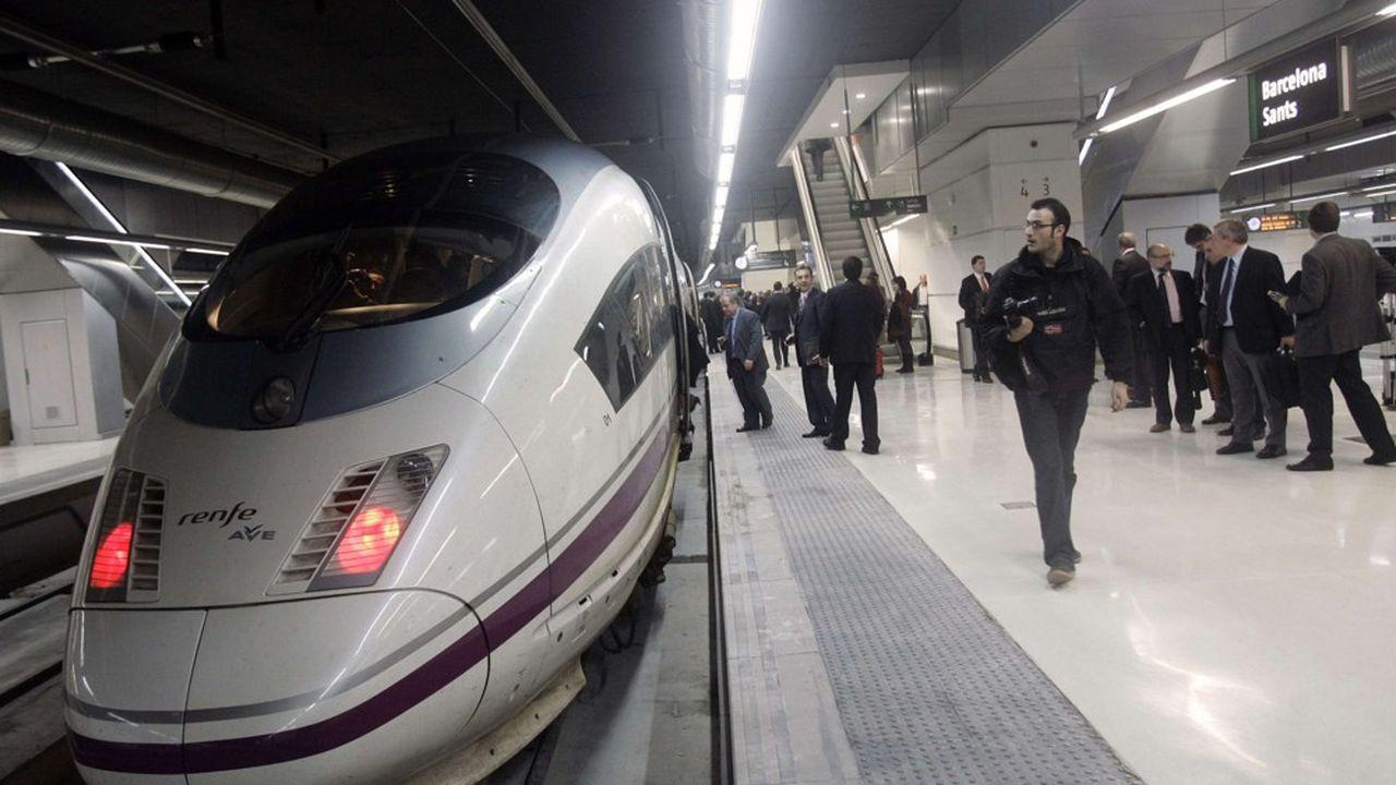 Bientôt attaquée sur son marché national par la SNCF, qui compte ylancer des TGV low-cost, la compagnie espagnole compte répliquer en visant des liaisons au Sud de la France à compter de décembre2020.