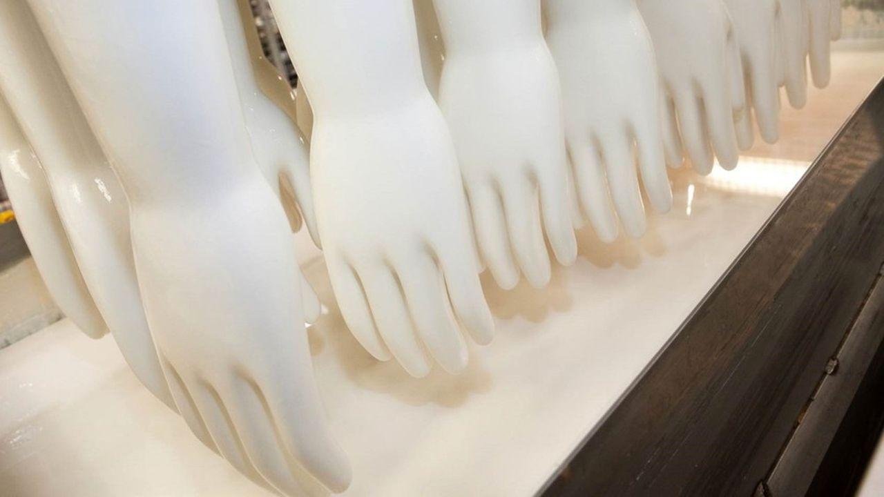 Piercan vient de créer une unité de production robotisée capable de fabriquer24.000 gants supplémentaires