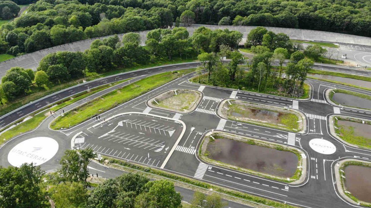 Le centre Teqmo permettra aux constructeurs de valider des fonctions de conduite autonome sur voiture.
