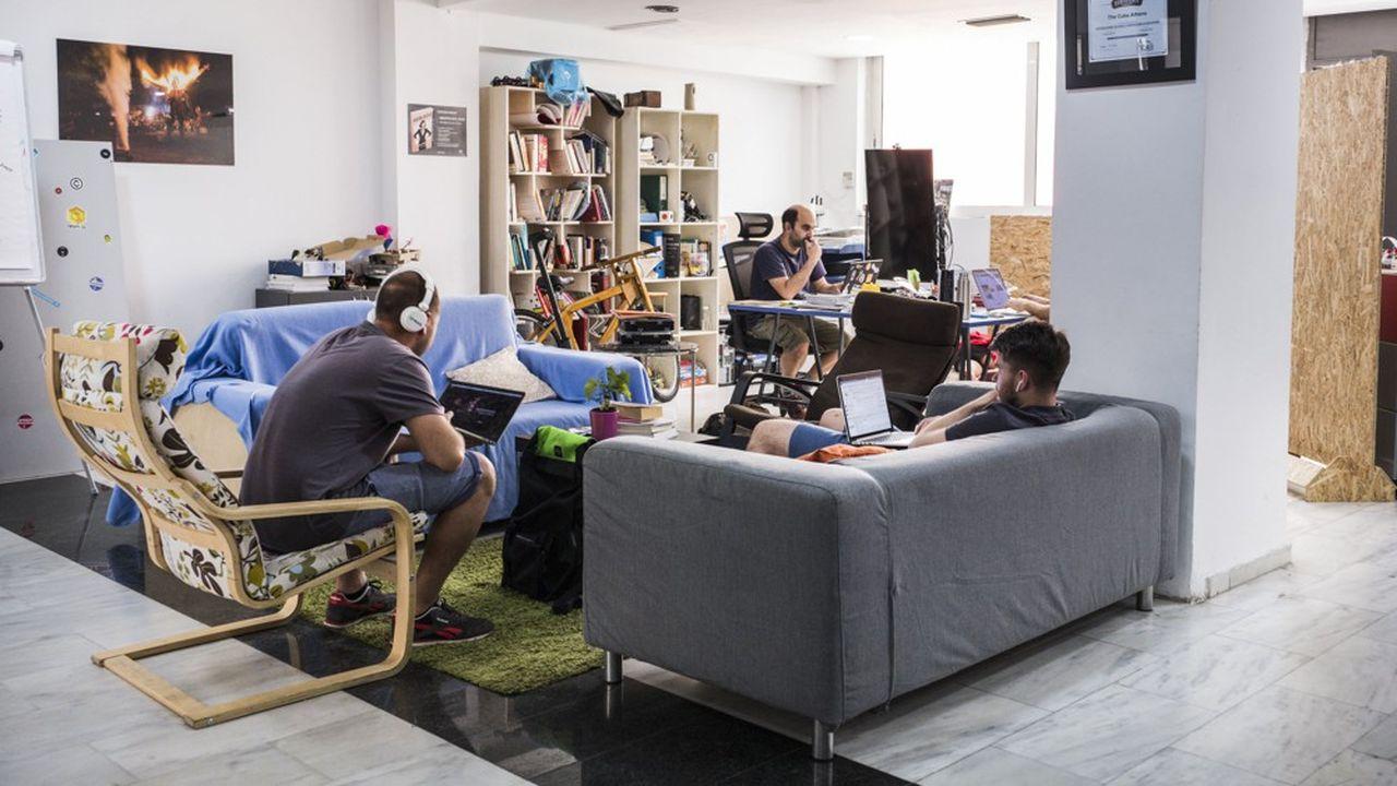 Antidote à la crise, les start-up se sont multipliées ces dernières années en Grèce. Ici au sein de l'incubateur The Cube, à Athènes