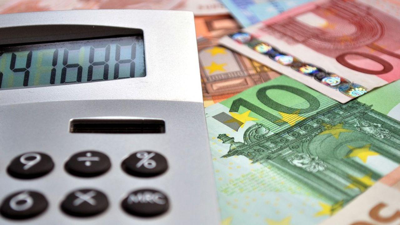 Faut-il se procurer des devises avant de partir ou attendre d'être arrivé sur place?
