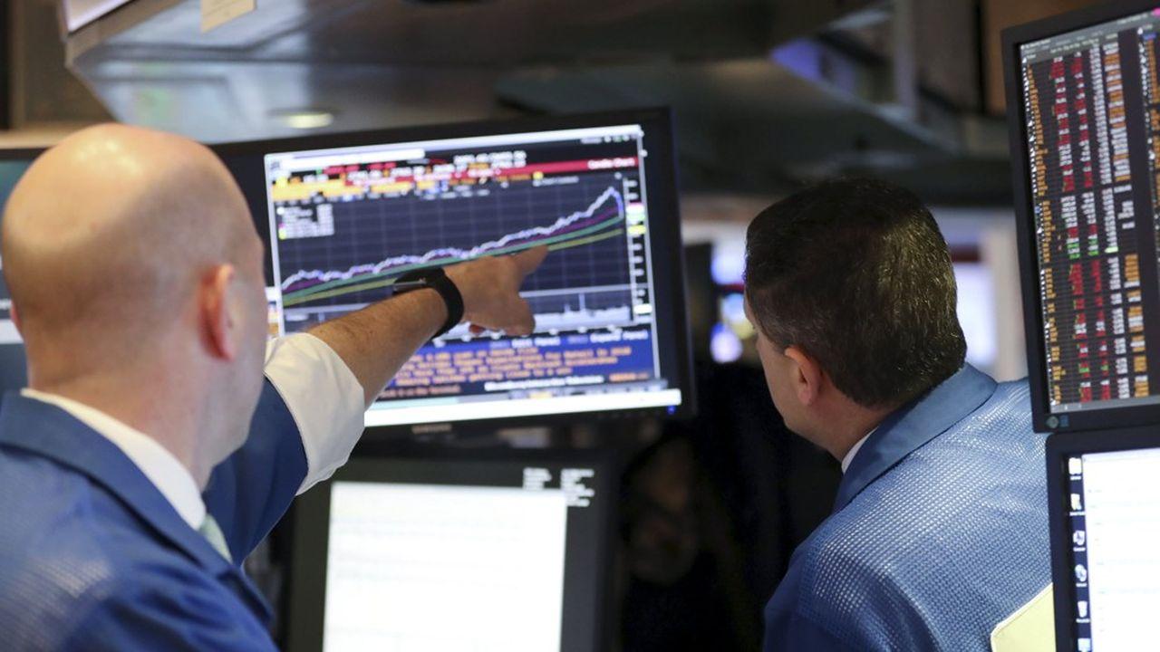 Des traders de Wall Street, la plus grande des Bourses mondiales.