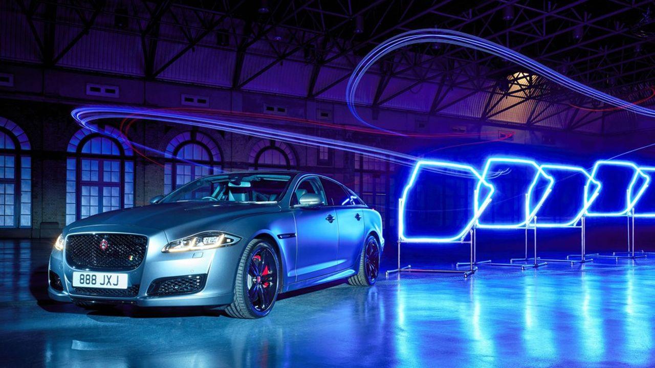 Jaguar Land Rover construira une gamme de véhicules électrifiés dans son usine de Castle Bromwich, dans le centre de l'Angleterre, à commencer par sa berline de luxe, la XJ.