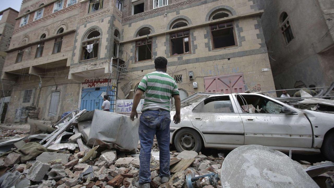 La capitale du Yemen est la cible de bombardements fréquents de la part de la coalition menée par l'Arabie saoudite.