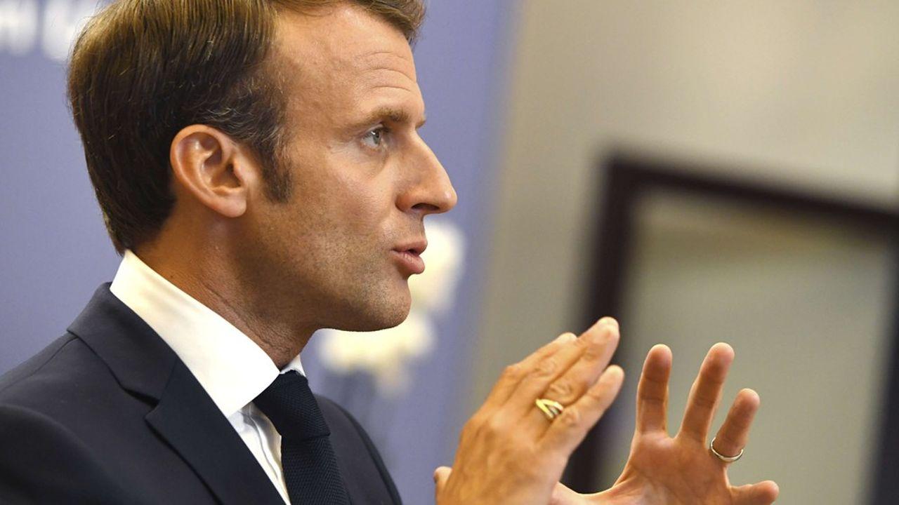 Dans la réforme des retraites imaginée par Emmanuel Macron, 1euro cotisé donnerait accès aux mêmes droits.