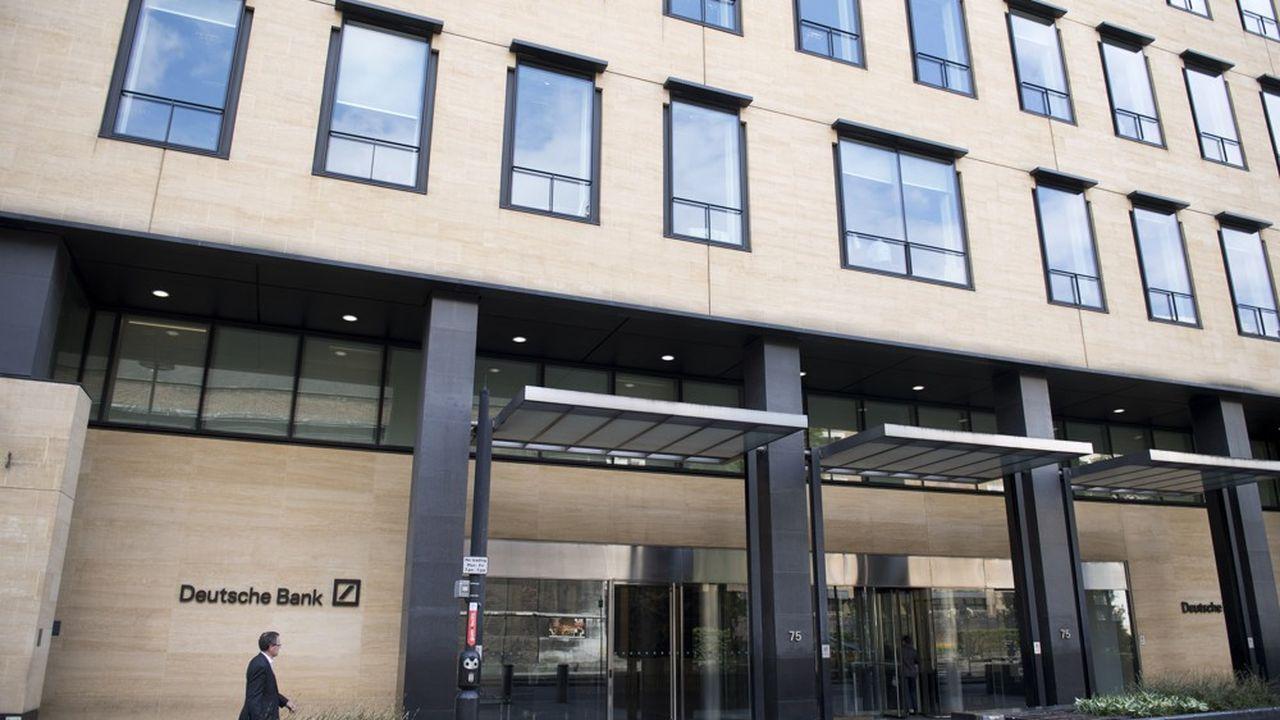 Au siège londonien de Deutsche Bank, certains racontent que leur badge avait cessé d'être actif lundi, dès 11heures du matin