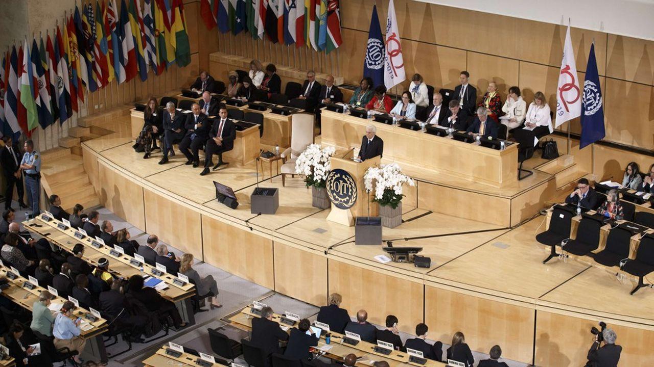 La convention 158 de l'OIT a été ratifiée par la France en 1989 et est entrée en vigueur en 1990.