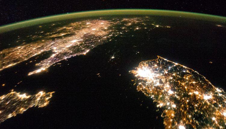 Les Corées et la Chine vues de nuit de la Station spatiale internationale.