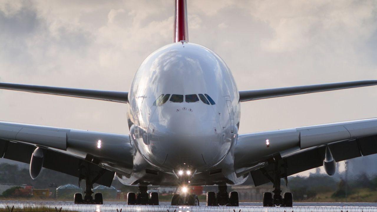 Des risques de fissure sur les ailes des plus vieux A380 — Airbus