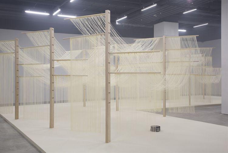 «Refresh, Sacrifice, New Hygiene, Infection, Clean, Robot, Air, Housekeeping», présenté à la Biennale de Lyon