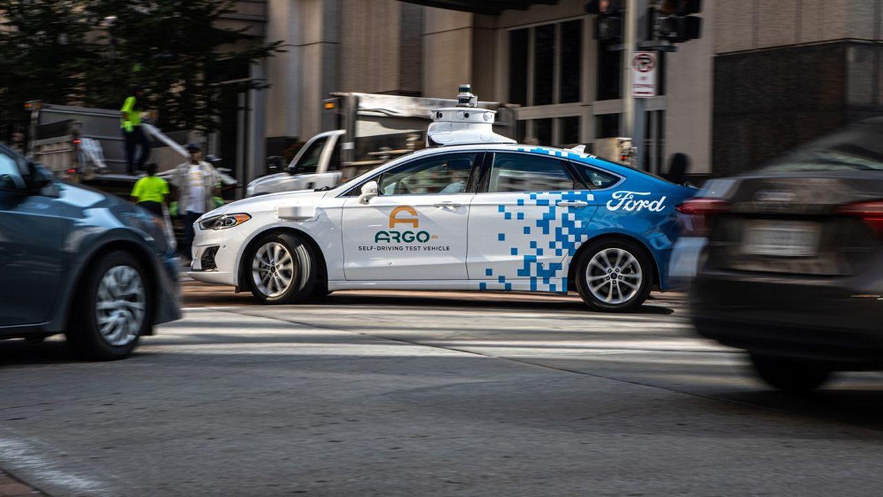 Argo AI, une start-up spécialisée dans l'intelligence artificielle et la robotique, doit permettre à Ford et Volkswagen de construire une voiture autonome pour des services de covoiturage d'ici à 2021