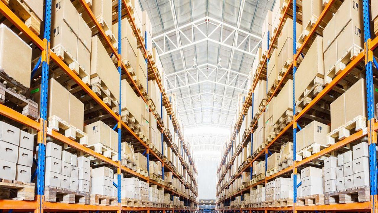 Avec le boom du e-commerce, les entrepôts de stockage XXL se multiplient.
