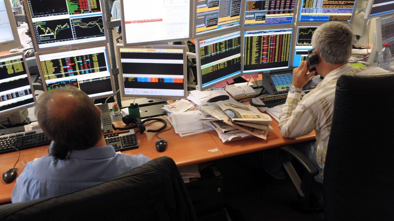 Alors que les usages des indices et données de marchés se multiplient, les gestionnaires d'actifs se plaignent de hausses de prix significatives.