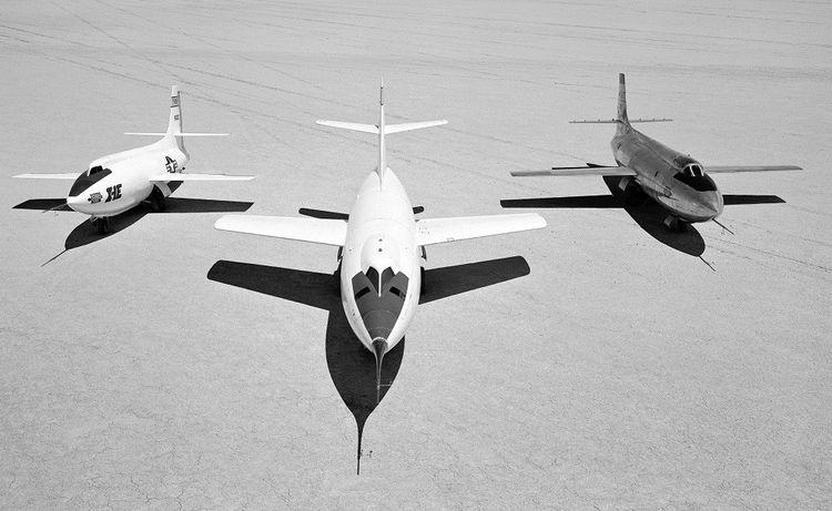 Trois variantes des avions supersoniques testés par les Etats-Unis, en 1955.
