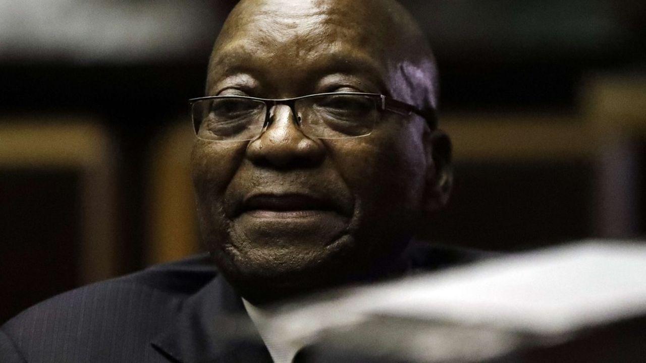 L'ancien Président Jacob Zuma a dû venir s'expliquer sur des accusations de corruption.