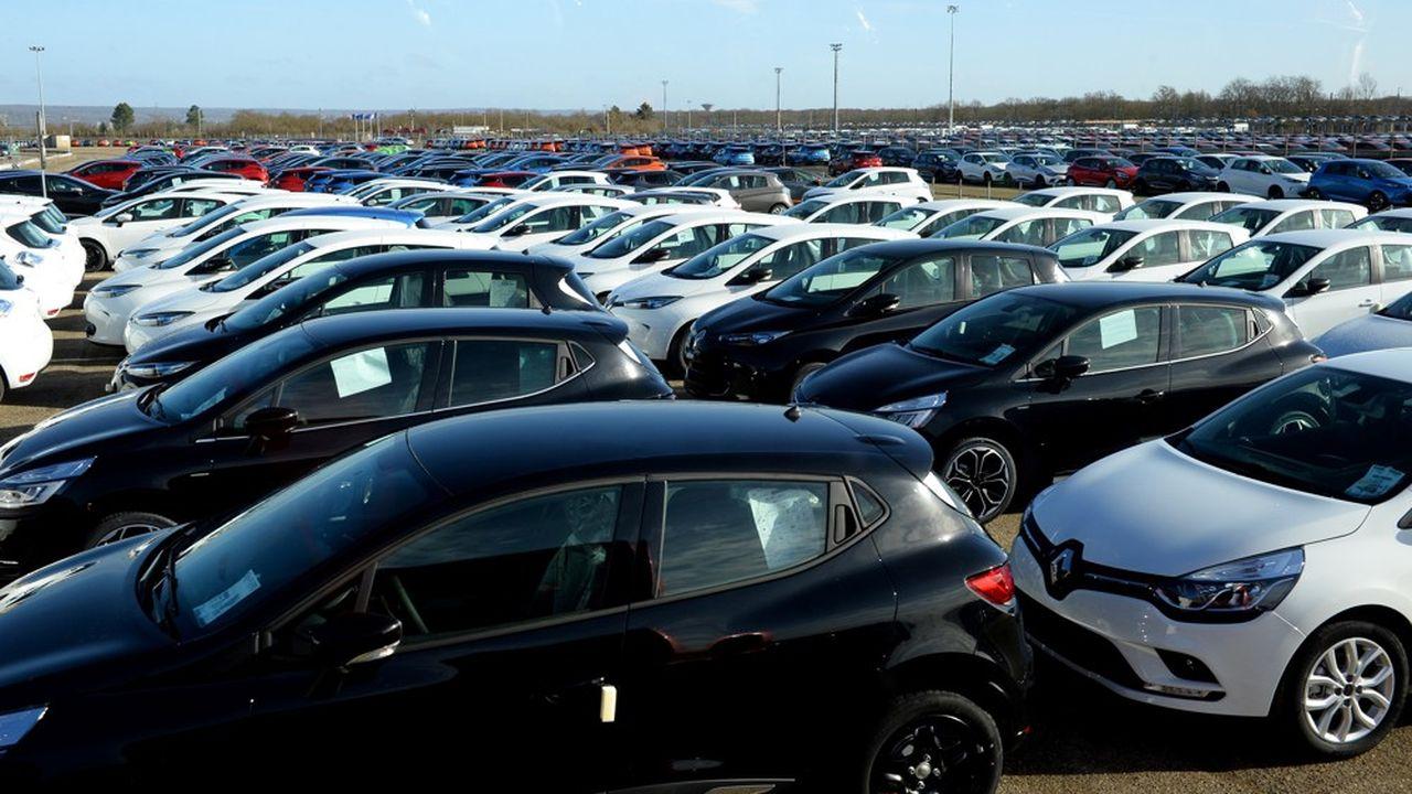 Les ventes de PSA en chute de 12,8% au premier semestre