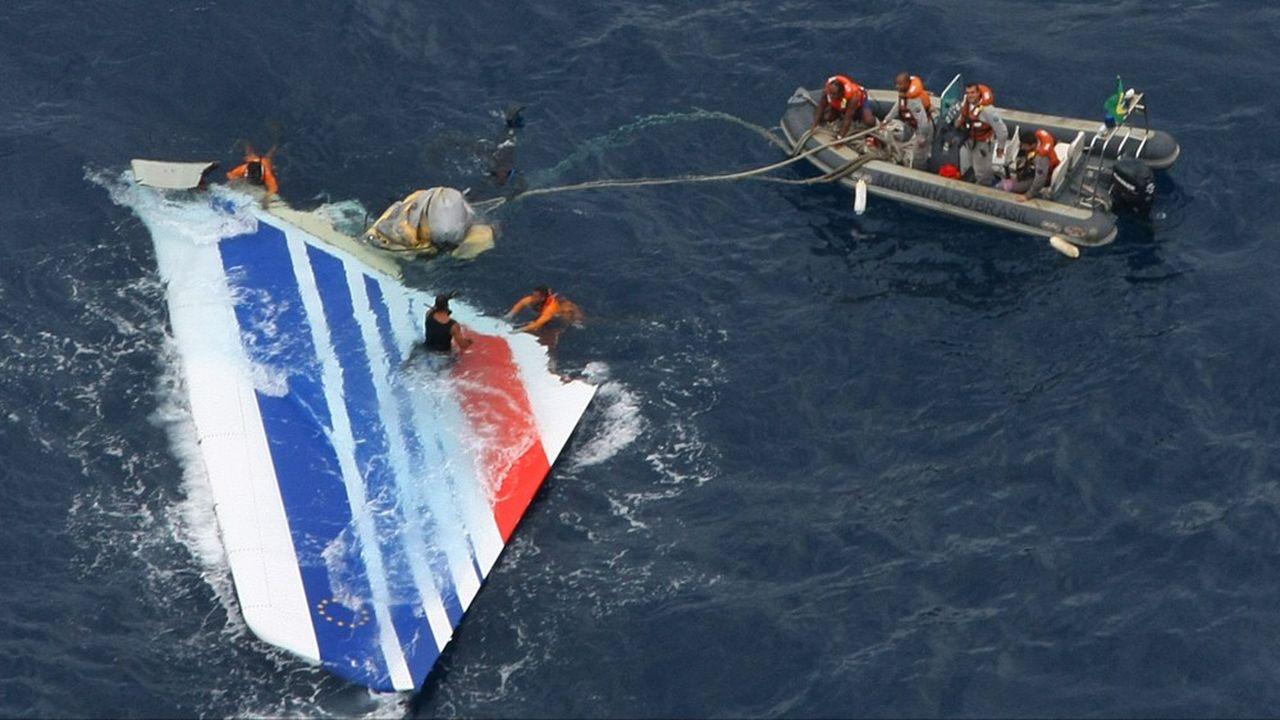 Les 228 passagers et membres d'équipages, de 34 nationalités, ont tous péri dans le crash du vol AF447 le 1erjuin 2009