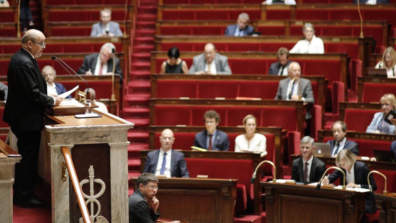 Jean-Yves Le Drian défendant le Ceta à la tribune de l'Assemblée, ce mercredi.
