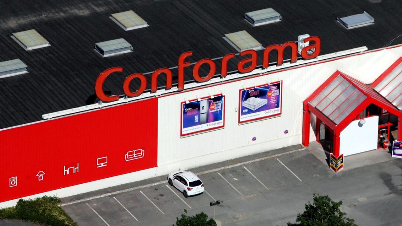 Début juillet, l'enseignement d'ameublement Conforama a annoncé la fermeture de 32 magasins.