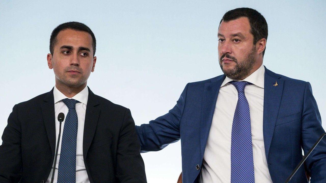 Il y a de l'eau dans le gaz entre Luigi Di Maio et Matteo Salvini, les deux leaders des forces populistes au gouvernement italien.
