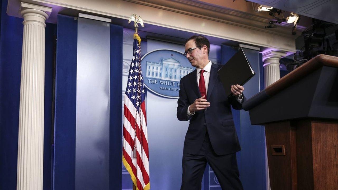 Le secrétaire au Trésor américain Steven Mnuchin ouvre la porte à un changement de la politique de changes des Etats-Unis
