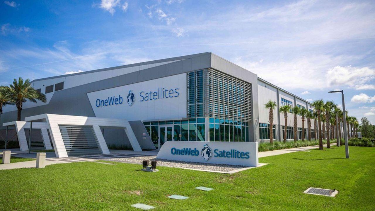 Allié à Airbus, Oneweb inaugure son usine à satellites « low cost » en Floride