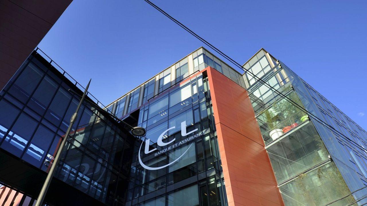 LCL souhaite fermer cinq de ses neuf centres de relations clients.