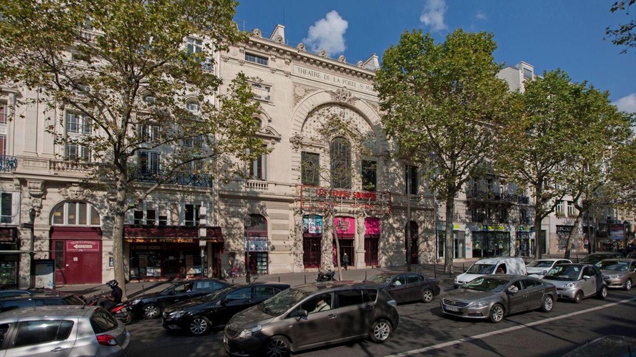 Le Théâtre de la Porte Saint-Martin reste ouvert tout le mois de juillet pour le spectacle «Ca ira (1) Fin de Louis», créé dans le secteur subventionné