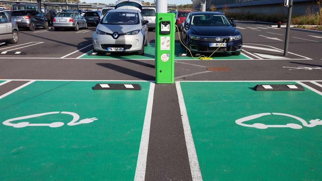 Avec l'essor de la voiture électrique, les besoins mondiaux en nickel pourraient être multipliés par neuf entre 2020 et 2030.