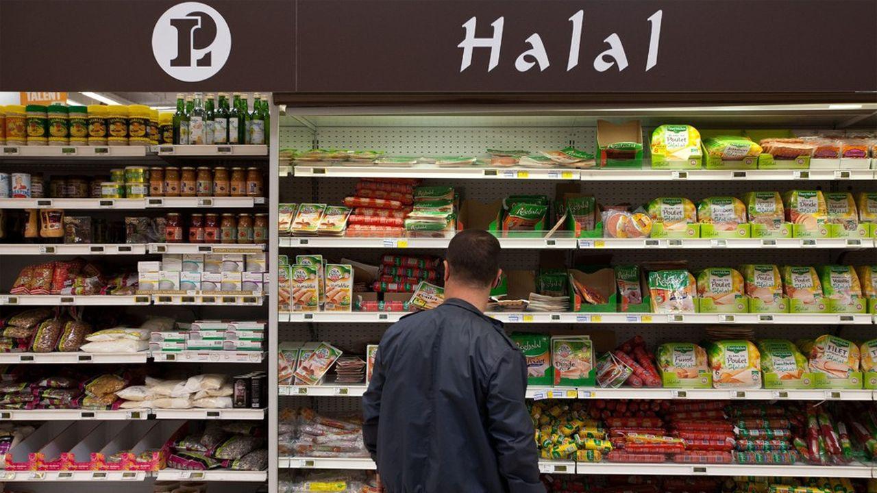 Avec 282millions d'euros de chiffre d'affaires réalisé entre juillet2018 et juin2019, les grandes surfaces ont encore vu leurs ventes de produits halal grimper de 5,2% en un an.