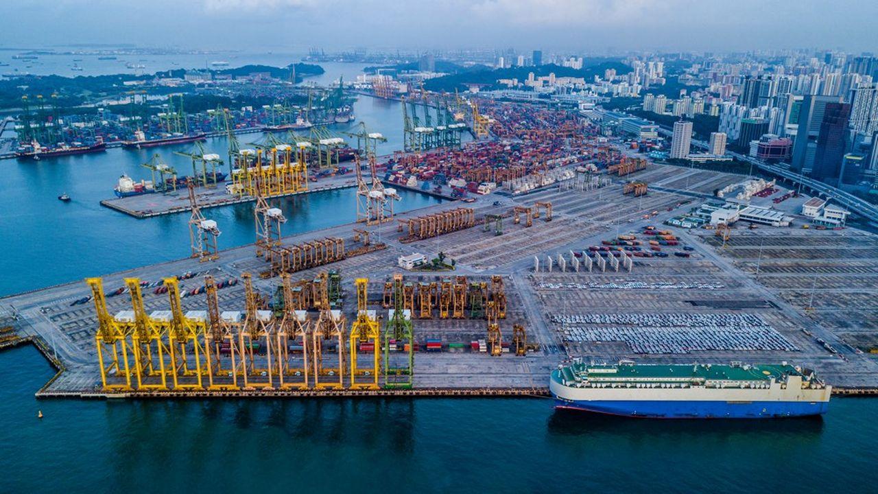 Le port de Singapour est le numéro deux mondial après Shanghai. L'électronique représente à elle seule 13% des exportations de la cité-Etat.
