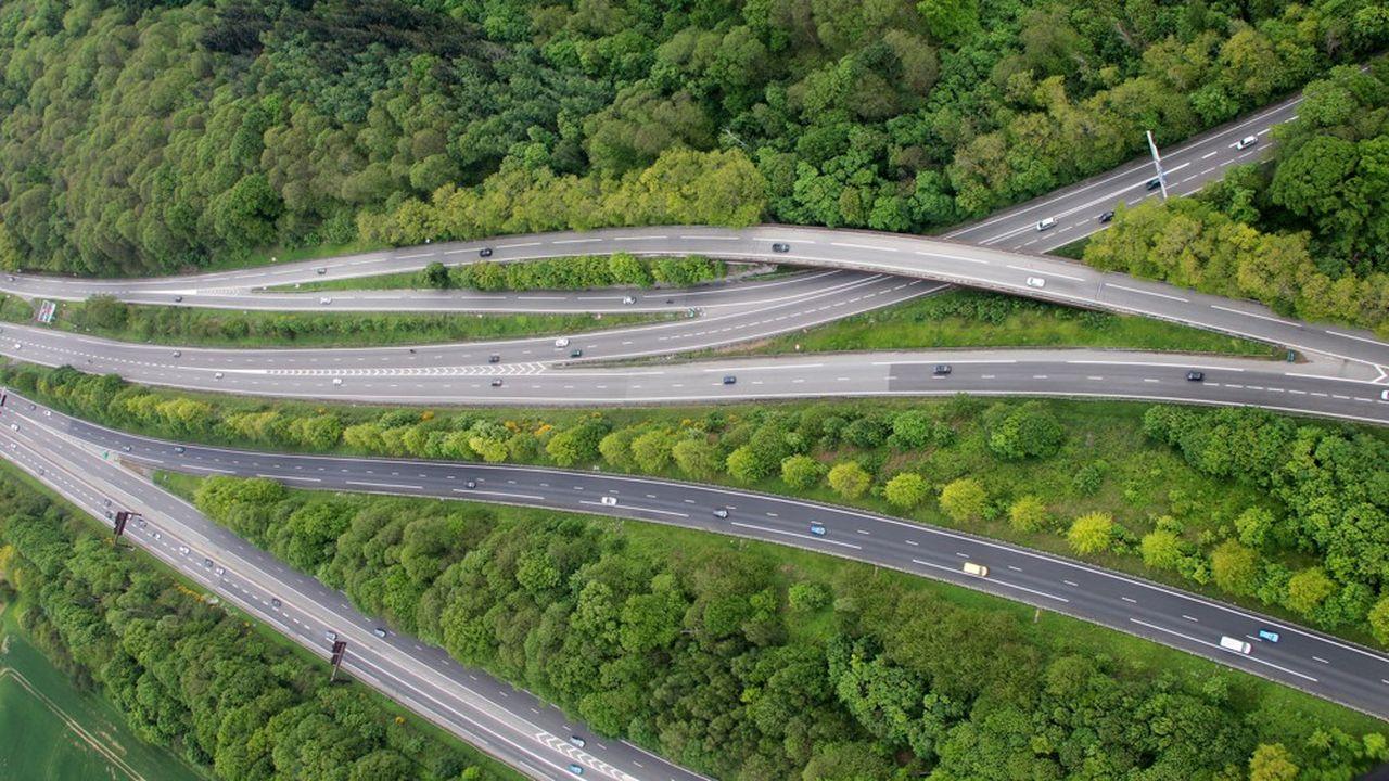 Les réseaux routiers comptent pour 27,8% des 20.000 hectares d'espaces naturels artificialisés chaque année d'après un rapport deFrance Stratégies.