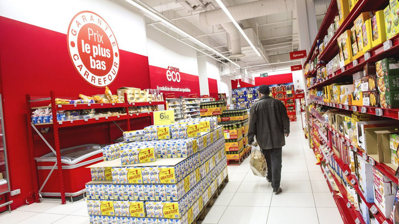 Conscient qu'il avait un sujet de compétitivité prix fort en France, Carrefour a lourdement investi dans la baisse permanente de prix dans les fruits et légumes d'abord, puis dans les produits de grande consommation.