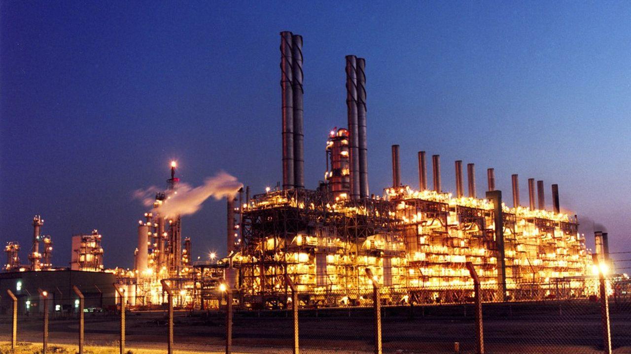 Suez devient actionnaire majoritaire, avec le fonds saoudien Five Capital, de la société de gestion des déchets dangereux Environment Development Company (EDCO), basée dans la ville industrielle de Jubail, sur la cote est de l'Arabie Saoudite.