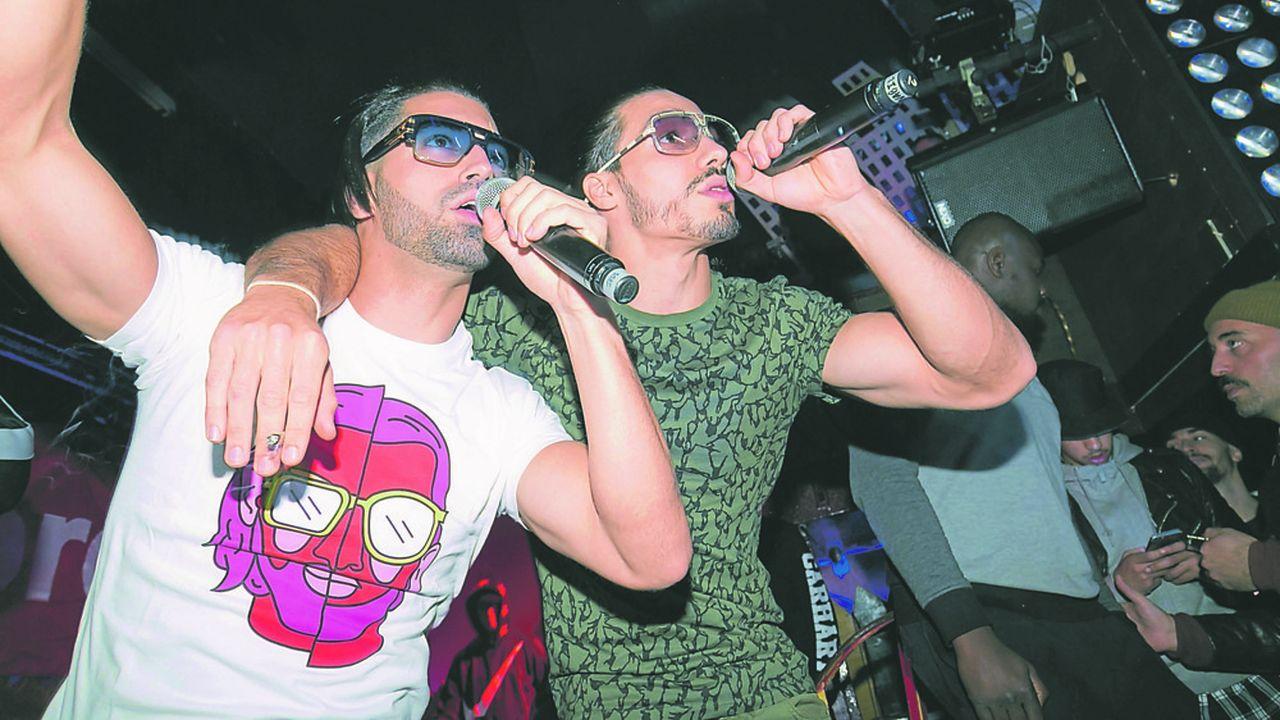 Résultat d'une communication millimétrée, les deux frères du groupe de rap PNL, ont battu tous les records de streaming cette année.