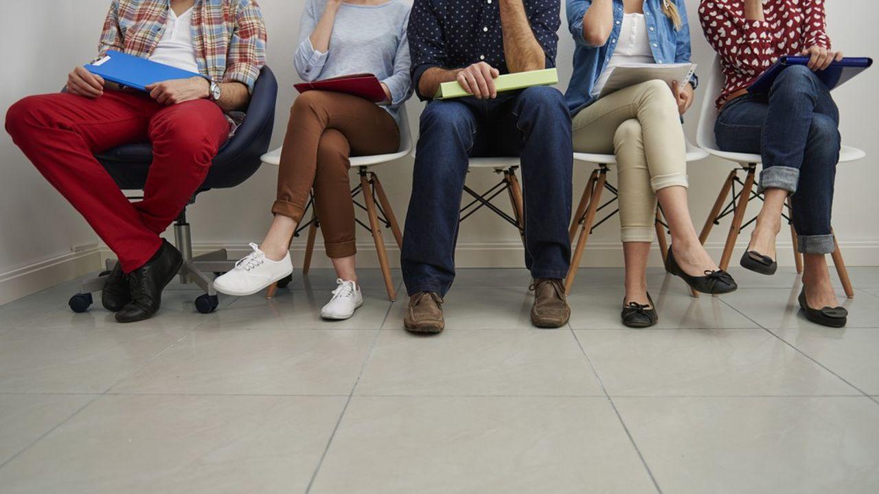 Dans certaines situations, pour les bénéficiaires de minima sociaux, l'intéressement au travail est faible, voire nul.