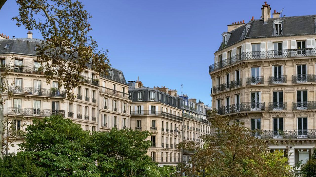 Des logements en copropriété à Paris.