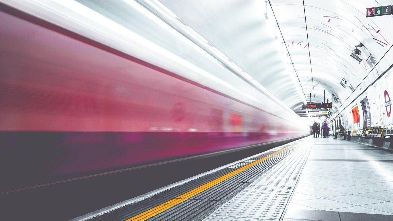 metro-1209556_1280.jpg