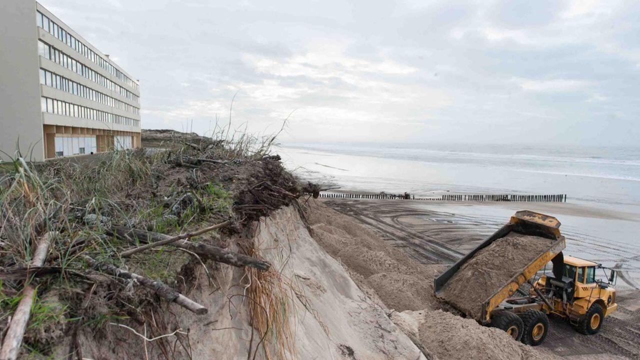 Aujourd'hui, un quart du littoral français (ici en Aquitaine) est grignoté par la mer.