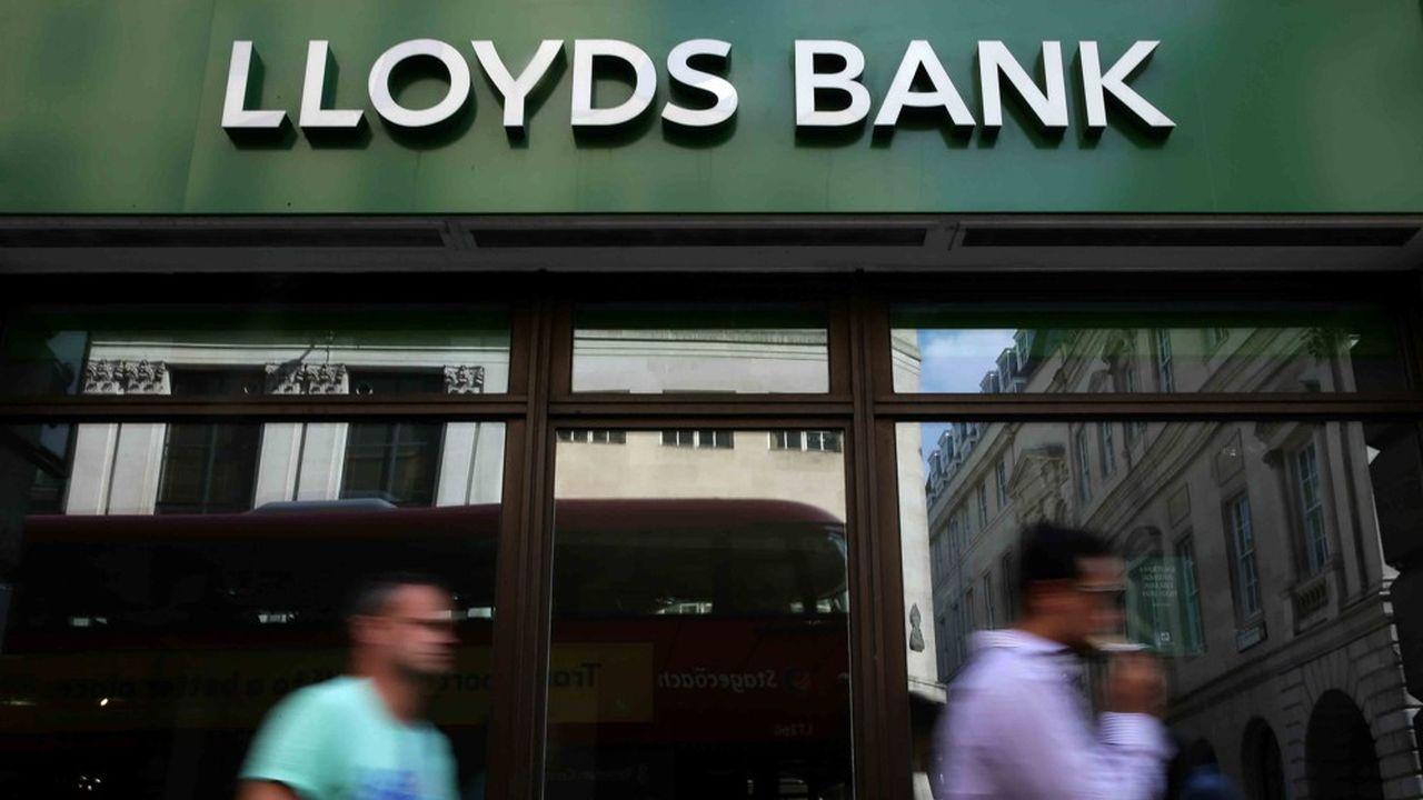La banque de détail britannique doit encore verser 650 millions de livres pour indemniser les clients victimes d'assurances crédit frauduleuses.